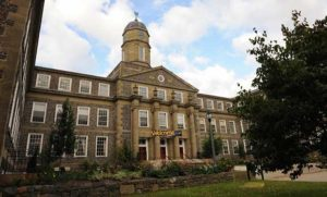 Dalhousie University - 达尔豪斯大学